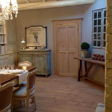 Realizzazione e recupero mobili in stile provenzale for Mobili antichi francesi