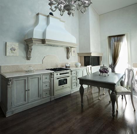 Cucine Arredamento Firenze.Arredamenti Per Cucine E Negozi Realizzazione Cucine Su