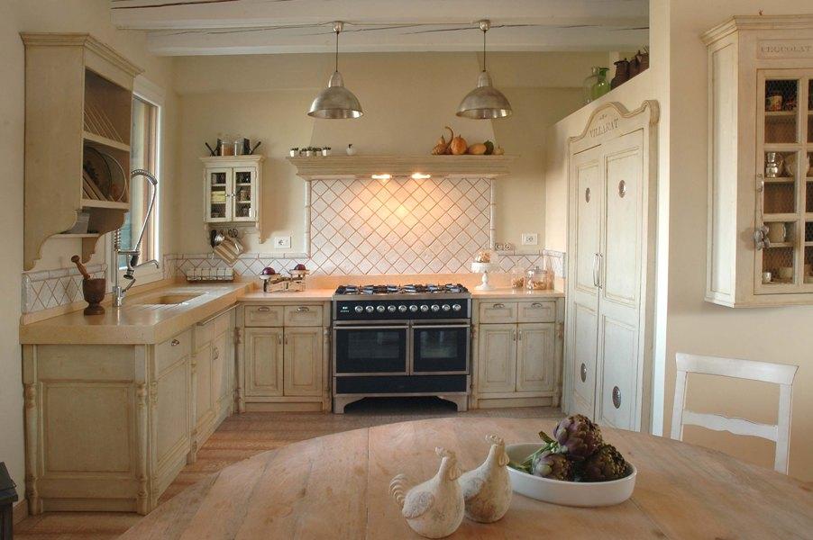 Cucine e mobili su misura: Cucina Mod. Villarat - clicca per ...