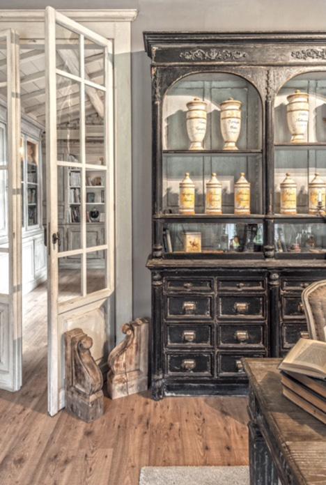 Realizzazione e recupero mobili in stile provenzale for Ufficio di campagna francese