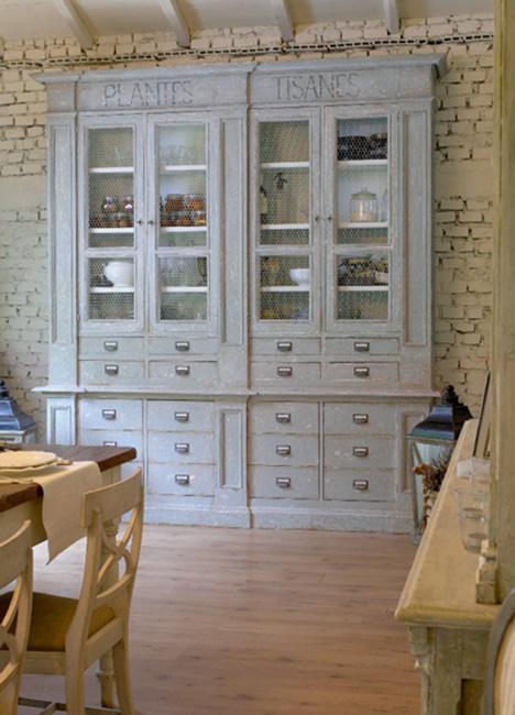 Realizzazione e recupero mobili in stile provenzale for Arredamento provenzale roma