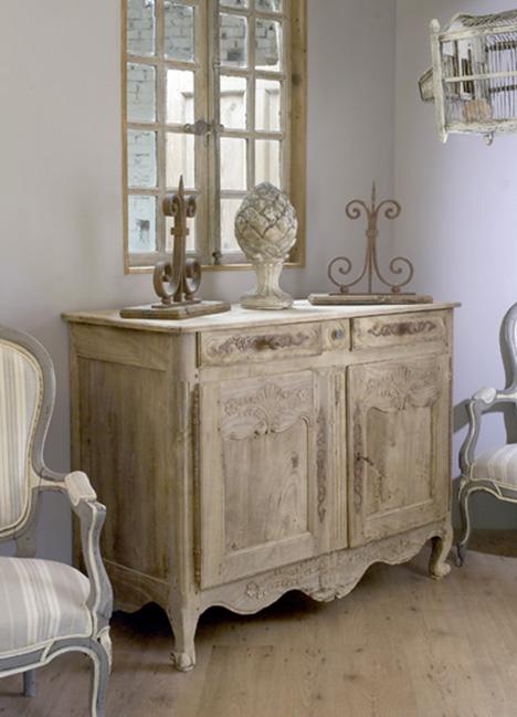 Realizzazione e recupero mobili in stile provenzale for Negozi arredamento milano economici